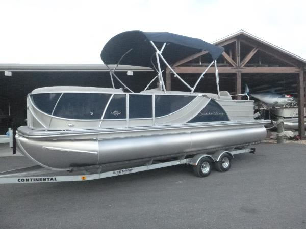 2017 South Bay 523FCR 3.0 Tri- toon *Boat and Motor ONLY*